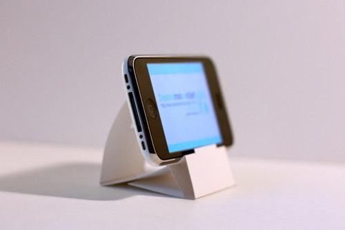 Док для iPhone из бумаги