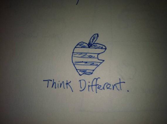 Эскиз логотипа «Think Different»