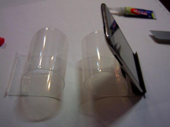 2 подставки для iPhone